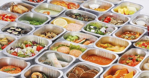 3195983 obed krabicky krabickova dieta v0